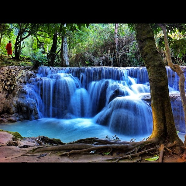 Kuang Si Falls #nofilter (credit goes to @samwellchilds)